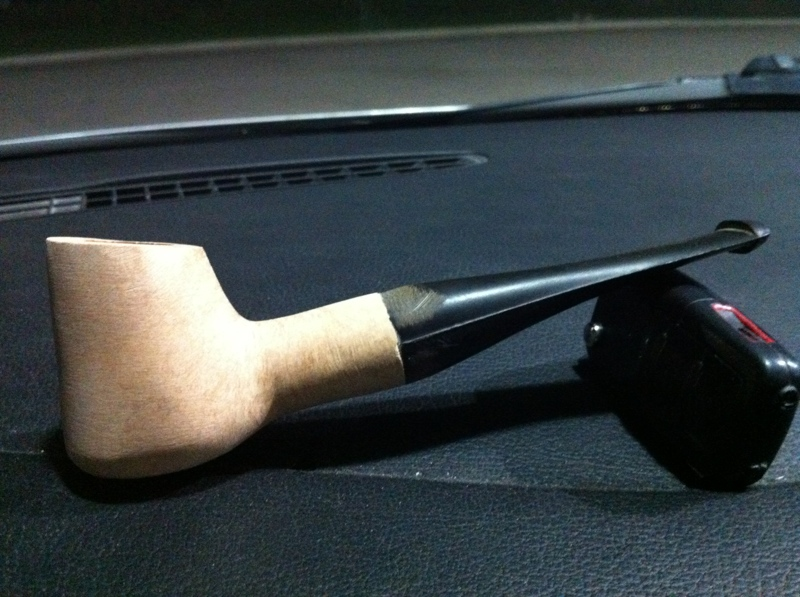 My first attempt at carving a pipe! Firstpipe-001